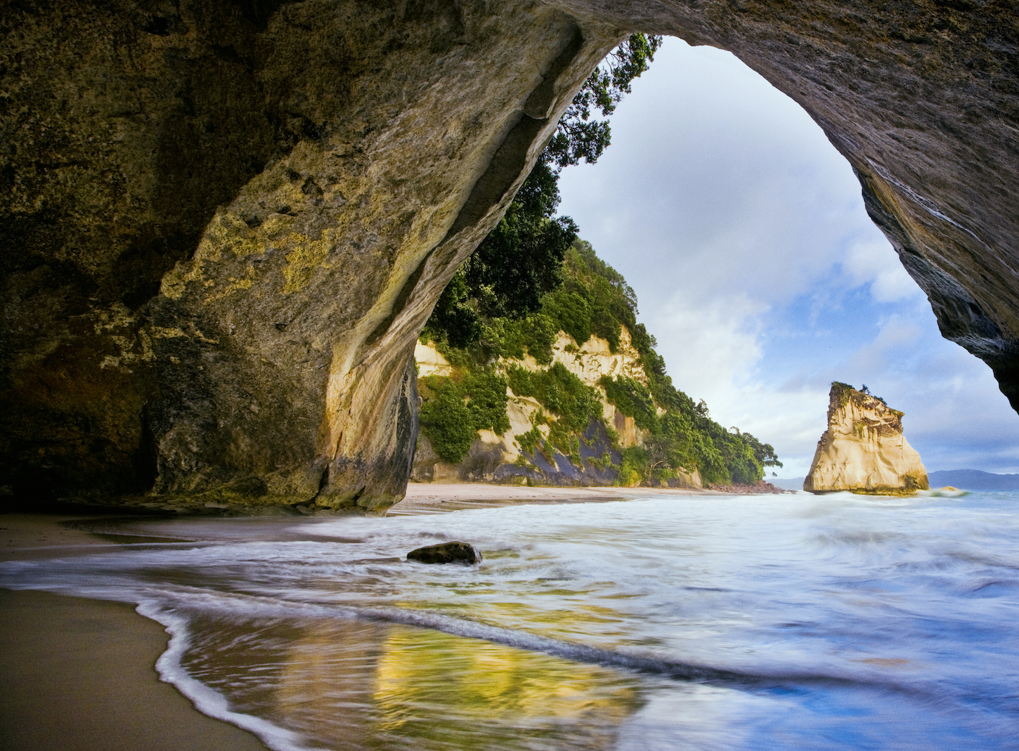 explore the iconic cathedral cove by coast walk boat or kayak. Black Bedroom Furniture Sets. Home Design Ideas